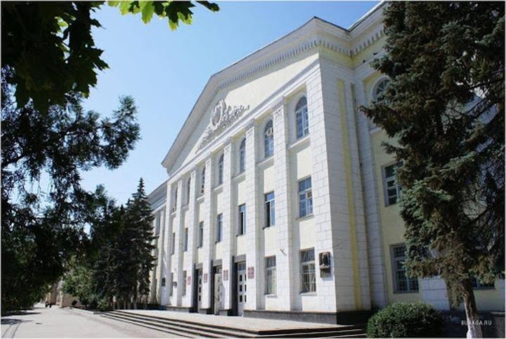 Дагестанские школьники изучают национальные языки онлайн