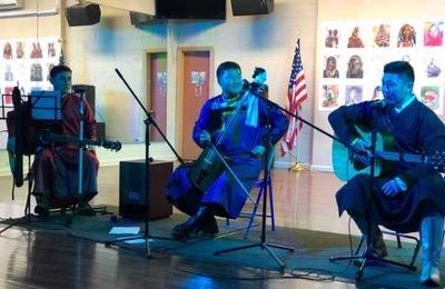 Музыкальный вечер бурятских песен прошел в Нью-Йорке