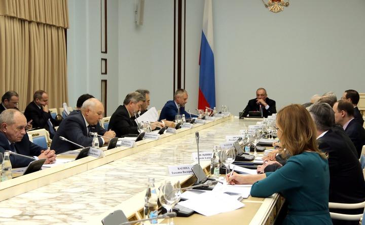 Совет рассмотрит претендентов на премию за укрепление единства российской нации