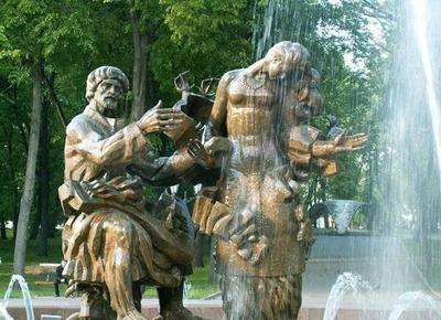 Жителя Великого Новгорода задержали за попытку раскрасить скульптуру Садко