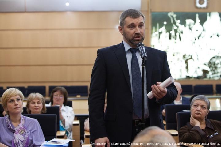 Глава Федерации мигрантов России: Уроженца Таджикистана никто не избивал (видео)