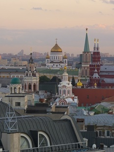 В Москве обсудили влияние санкций и миграции на городскую нацполитику