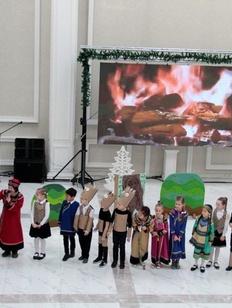 Жители Южно-Сахалинска встретились с Хозяйкой огня из мифов нивхов