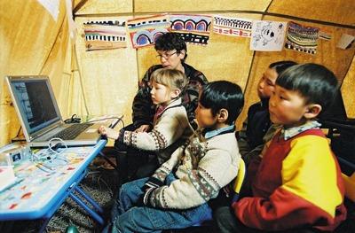 Специалисты из Югры приехали на Ямал за опытом создания кочевых школ