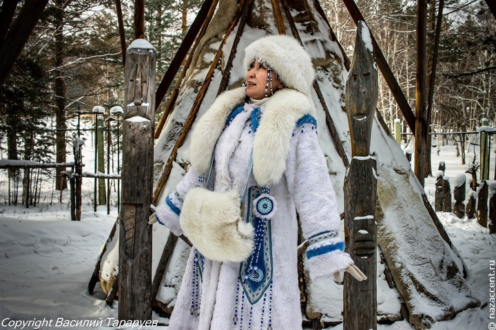 Артисты Бурятии снялись для клипа в традиционных зимних костюмах