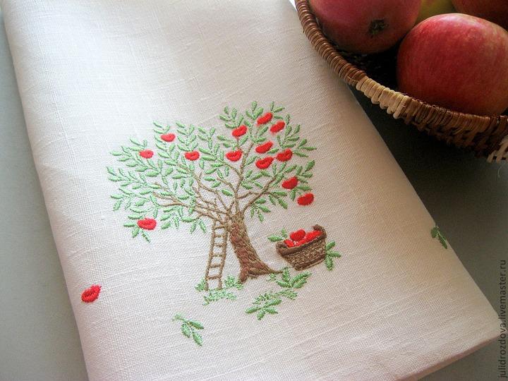 """Выставка """"Яблочный спас"""" открылась в Краснодаре"""