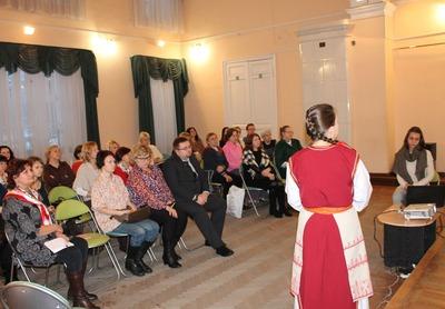 Министр культуры Карелии отметил органичность этнических костюмов