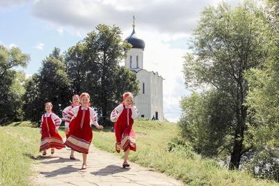 """Фотовыставка """"Дети России"""" открылась в Козельске"""