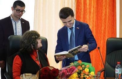В Керчи презентовали книгу об итальянцах Крыма