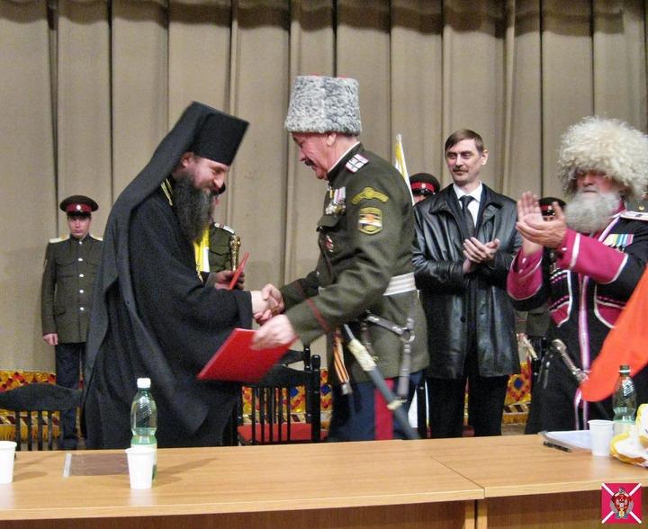 РПЦ договорится о взаимоотношениях с казаками