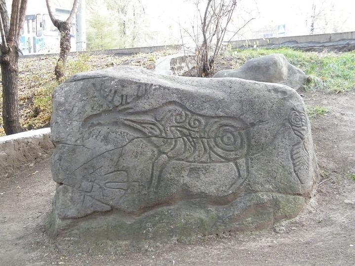 Петроглифы Сикачи-Алян стали первым объектом культурного наследия Дальнего Востока