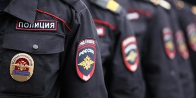 Полицейские задержали 43 мигрантов после массовой драки в центре Петербурга