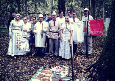 Марийцы провели моления в подмосковной священной роще