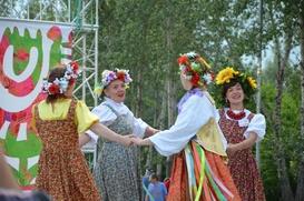 На Татышев-ФЕСТе в Красноярске выбрали самую длинную косу