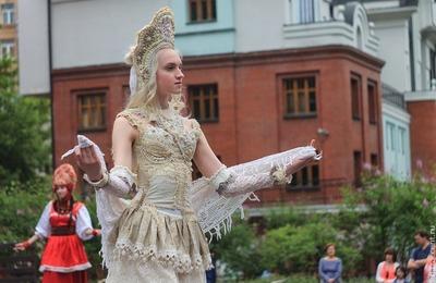 """Нео-фолькорные наряды представят на этнопоказе """"Irkutsk fashion show"""""""