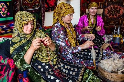 """На туристических объектах Дагестана появились таблички с просьбой соблюдать """"дресс-код"""""""