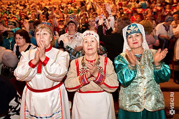 """Фестиваль """"Мы живем семьей единой!"""" соберет в Кемерове представителей 48 национально культурных центров"""