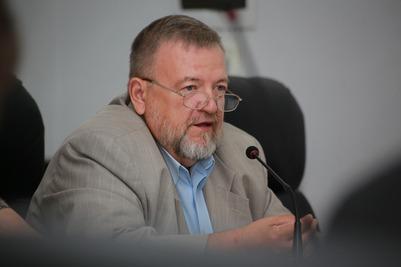 Член комиссии НБФ рассказал о распределении президентских грантов