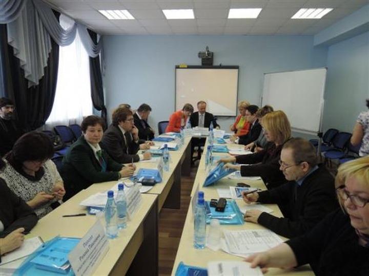 Члены Совета Ассоциации финно-угорских университетов выбрали нового лидера