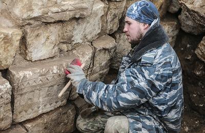 Ученые исследуют вайнахский замок Дакан-Чу в горах Чечни