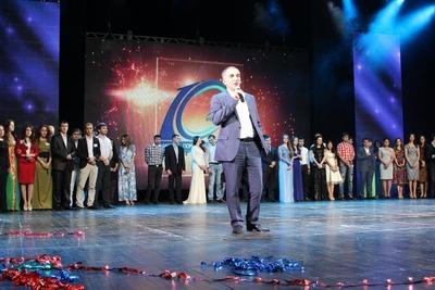 Выпускников московских вузов поздравят по-кавказски