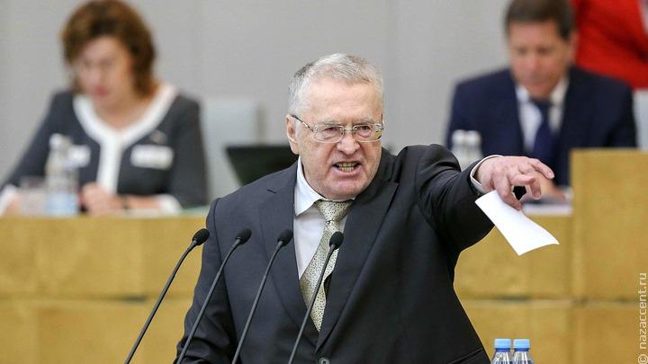 Жириновский: идеальный вариант - жить без мигрантов