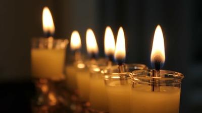 Евреи отмечают восьмидневный праздник света Хануку