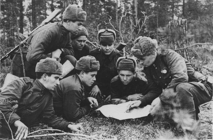 В Петрозаводске решили выпустить книгу о роли советских народов на Карельском фронте