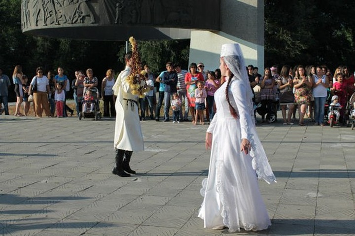 Черкесское танцевальное игрище Адыгэ Джэгу прошло в Нальчике
