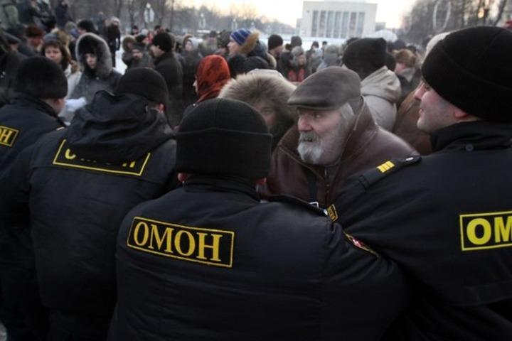 В Петербурге судят участников народного схода в поддержку семьи убитого водителя