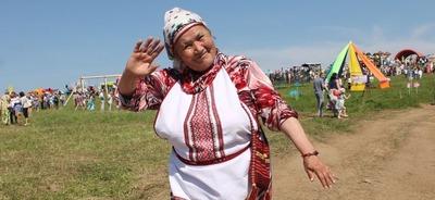 """Посетителей фестиваля """"Pest-Fest"""" в Удмуртии накормят хвощом"""