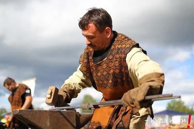 На фестивале кузнечного мастерства в Коми научат ковать клинки