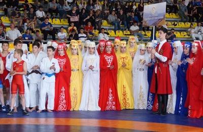 Всероссийский фестиваль народных игр и национальных видов спорта прошел в Северной Осетии