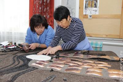 Работы лучших мастеров современного бурятского орнамента представили в Улан-Удэ