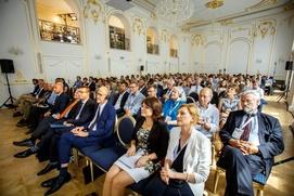 Российские немцы приняли участие в конгрессе европейских национальных меньшинств