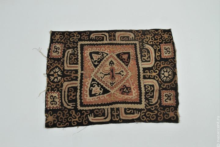 В Петербурге впервые проходит выставка кайтагской вышивки