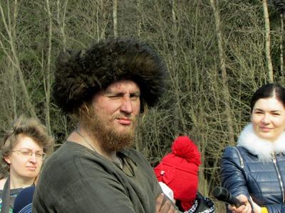 Один в прошлом: В Подмосковье реконструктор перезимовал в условиях Х века