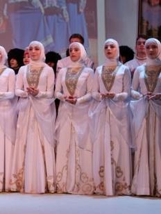 """Чеченским артистам запретили несогласованные выступления в интернете из-за """"имиджа народа"""""""