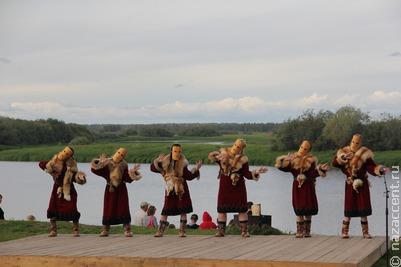 Селькупы Томска отметили шаманским обрядом праздник большой воды