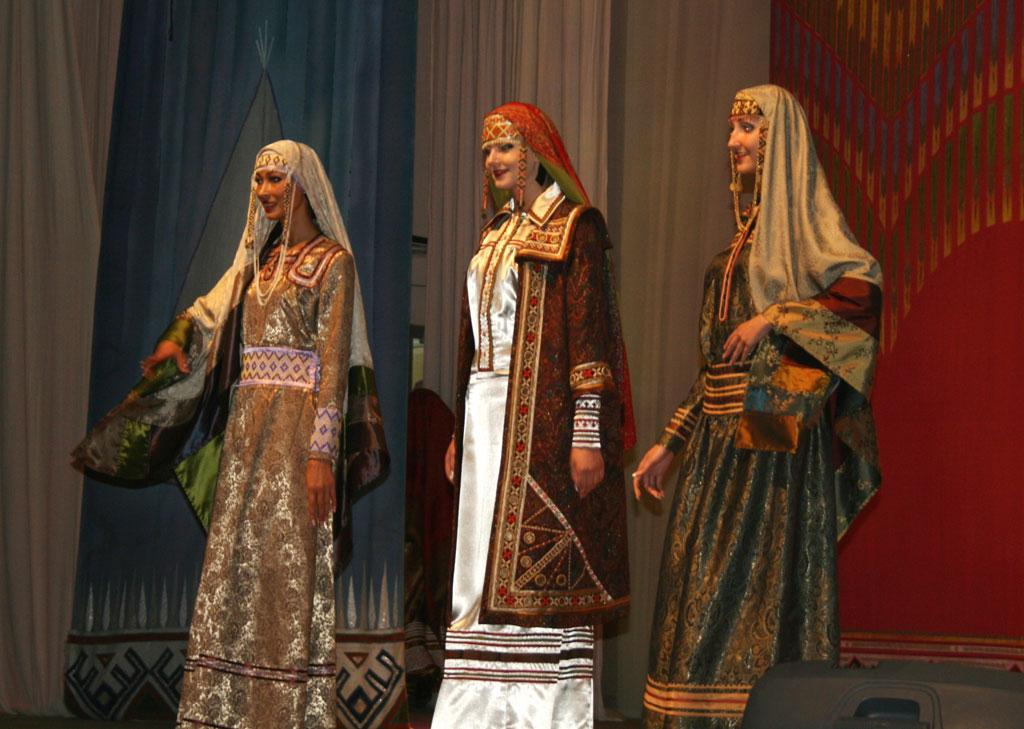 Вышивка финно угорских народов