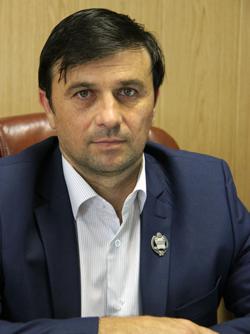 Иса Закриев