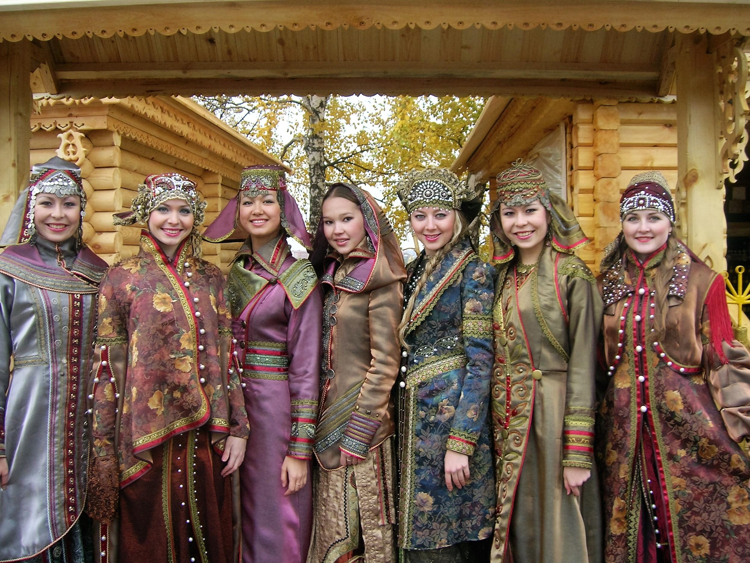 башкирская одежда, Кидяркин модельер