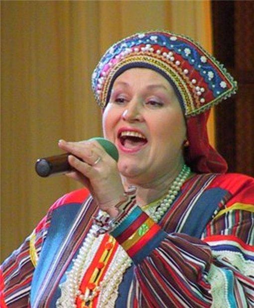 Лидия Логинова коми-певица