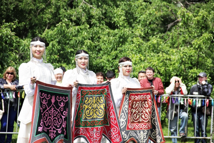 Семейные и обрядовые традиции якутов