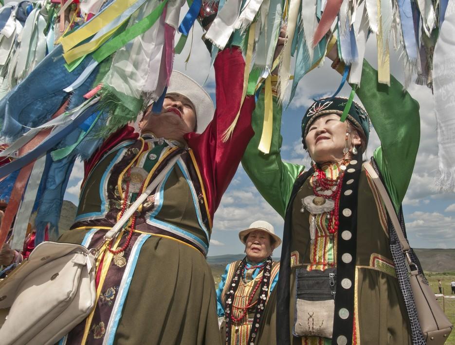 Памятники природы в легендах и верованиях народов России