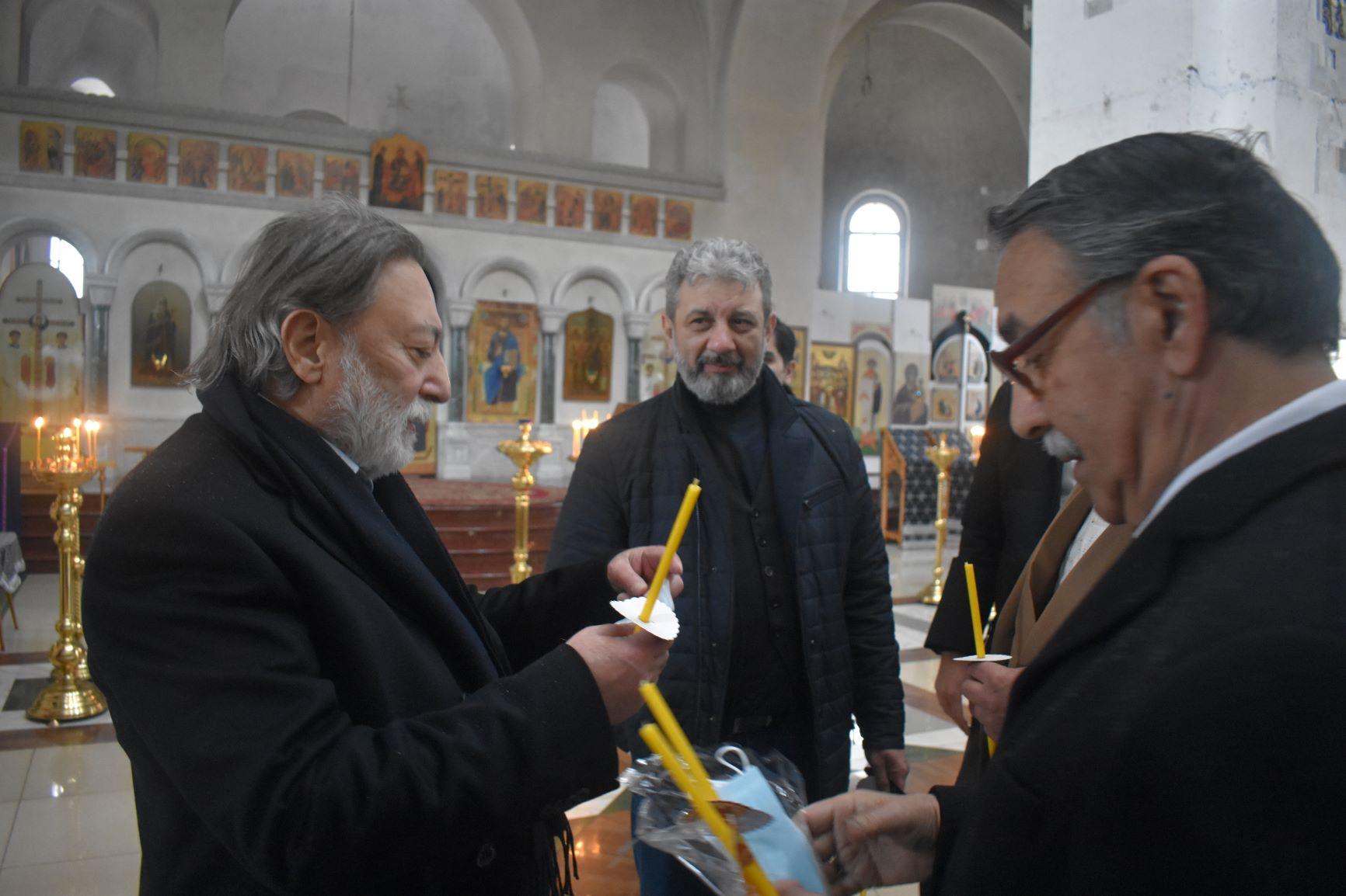 Владимир Белашов - слева