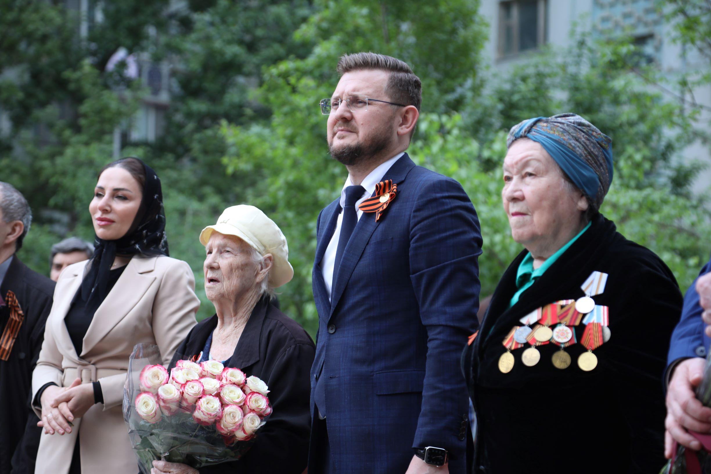 Валентина Георгиевна Оверина и Калерия Александровна Казакова